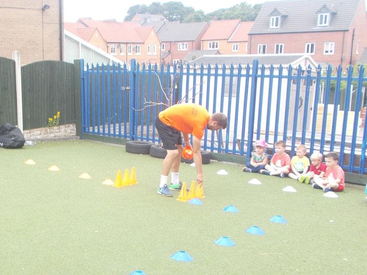 Mini Kicks at Little Ducklings Nursery, Barnsley